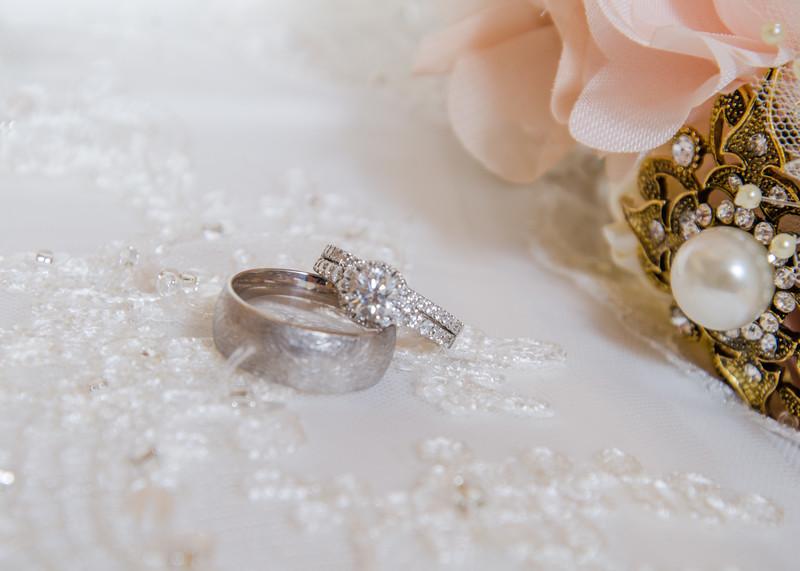 Peyton wedding rings