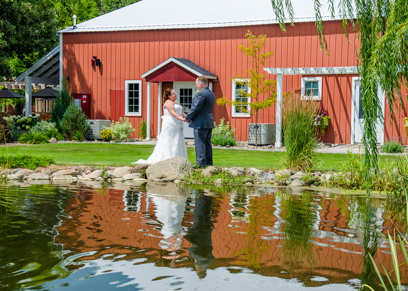 Dierkes wedding by pond