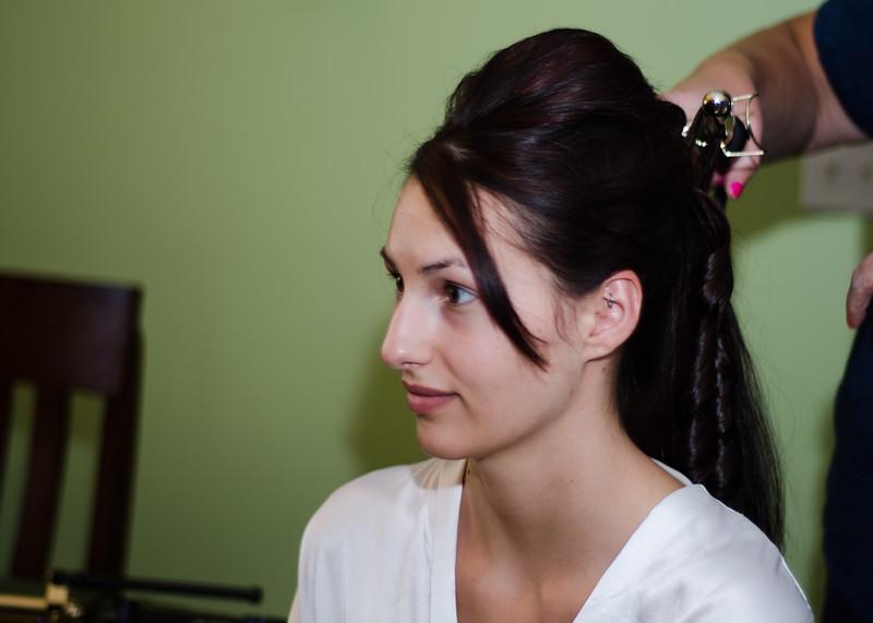 Wiskus wedding brides hair