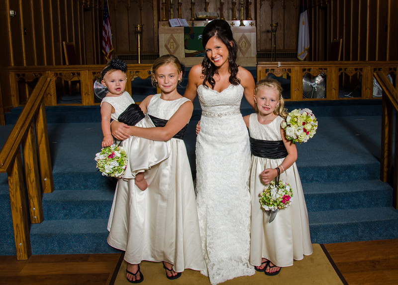 Risa Wedding bride with flower girls photo