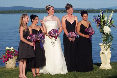 holly and bridesmaids 9