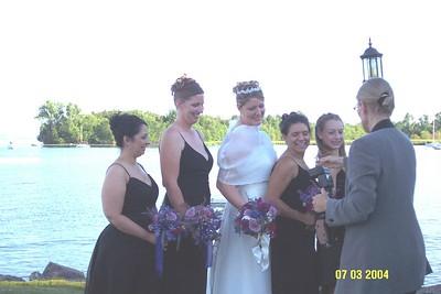 holly and bridesmaids 3