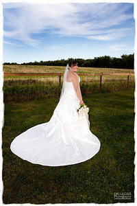 At Draeger Photography, we provide a mix of formal, relaxed, casual and candids.