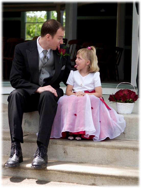 Dave and the flower girl trade opinions