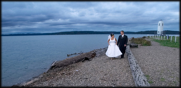 Curt and Traci escape from the bustle of the reception to walk on the beach - Browns Point, WA (c) 2008 Matt Hagen