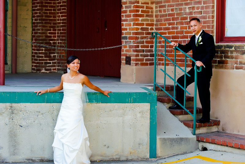 mitten building wedding photographs