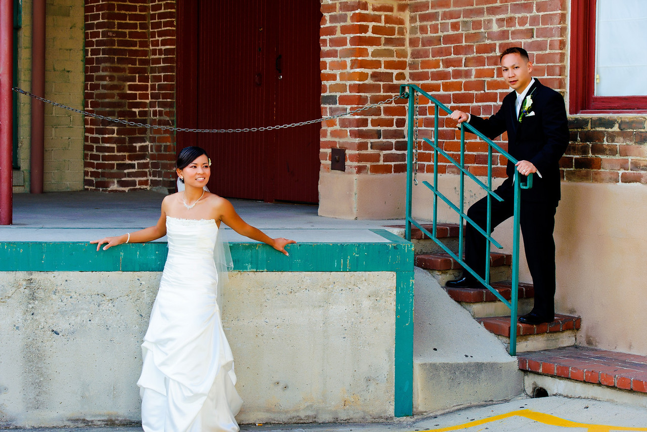 <strong>mitten building wedding photographs</strong>