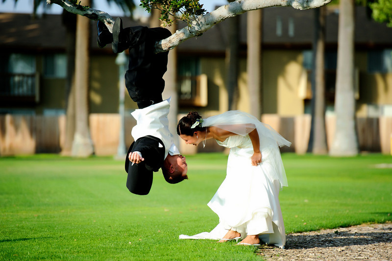 fun wedding photos, creative wedding photos, fun wedding pictures