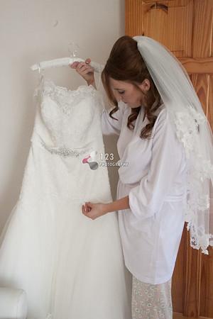 wedding photography Mercure Leeds Parkway Hotel