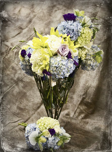 Vintage bridal party bouquets