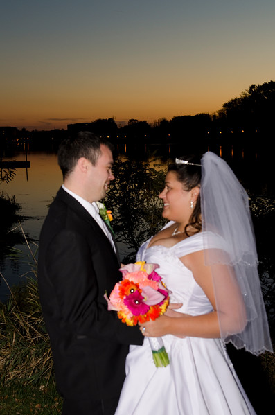 Bride and groom having a romantic moment during sunset at Frame Park Waukesha.