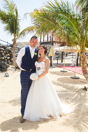 Danielle and Bryan's wedding photography Lanzarote Hesperia