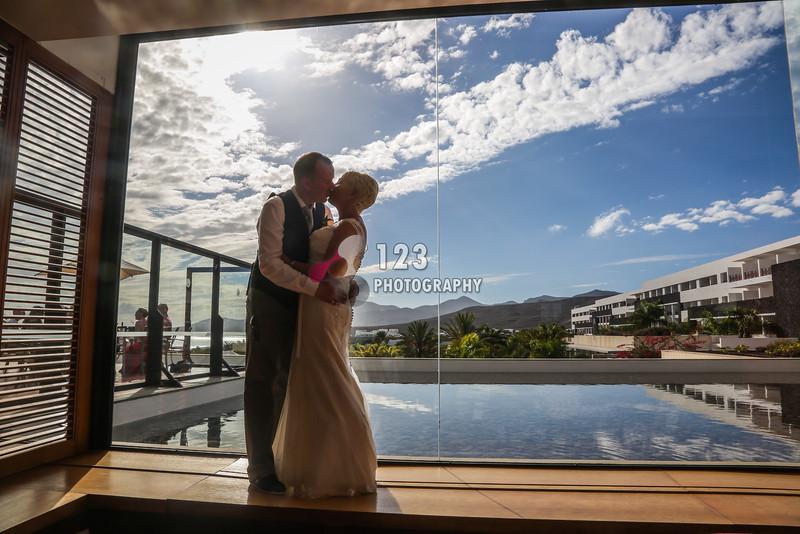 Stephanie and Richard's wedding photography Lanzarote Costa Calero