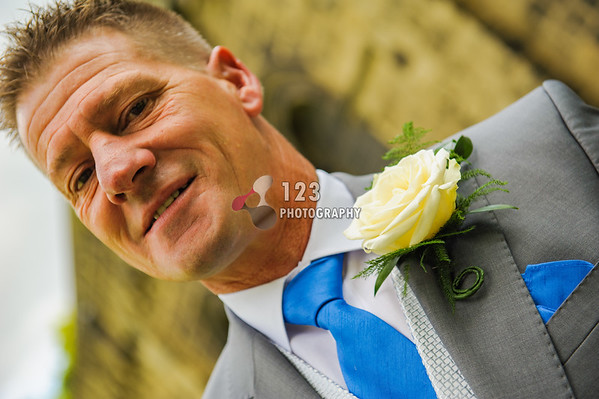 wedding photography St. Thomas Church, Pudsey, Leeds