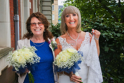 wedding photography Stockport Registry Office, wedding Stockport, getting married Stockport Registry Office