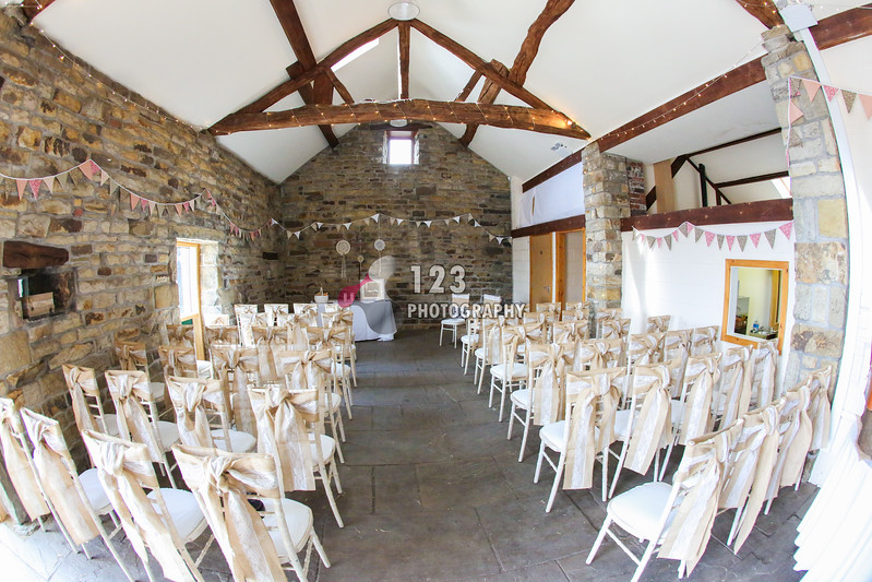wedding photography Woodhead Barn, Hepworth, Holmfirth