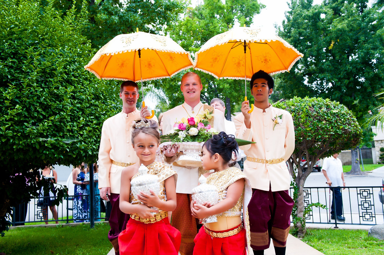 "Asian wedding (Cambodian bride and American groom). <a href=""/Weddings/Asian-wedding-photography/15541313"">Asian wedding photographer in LA</a>"