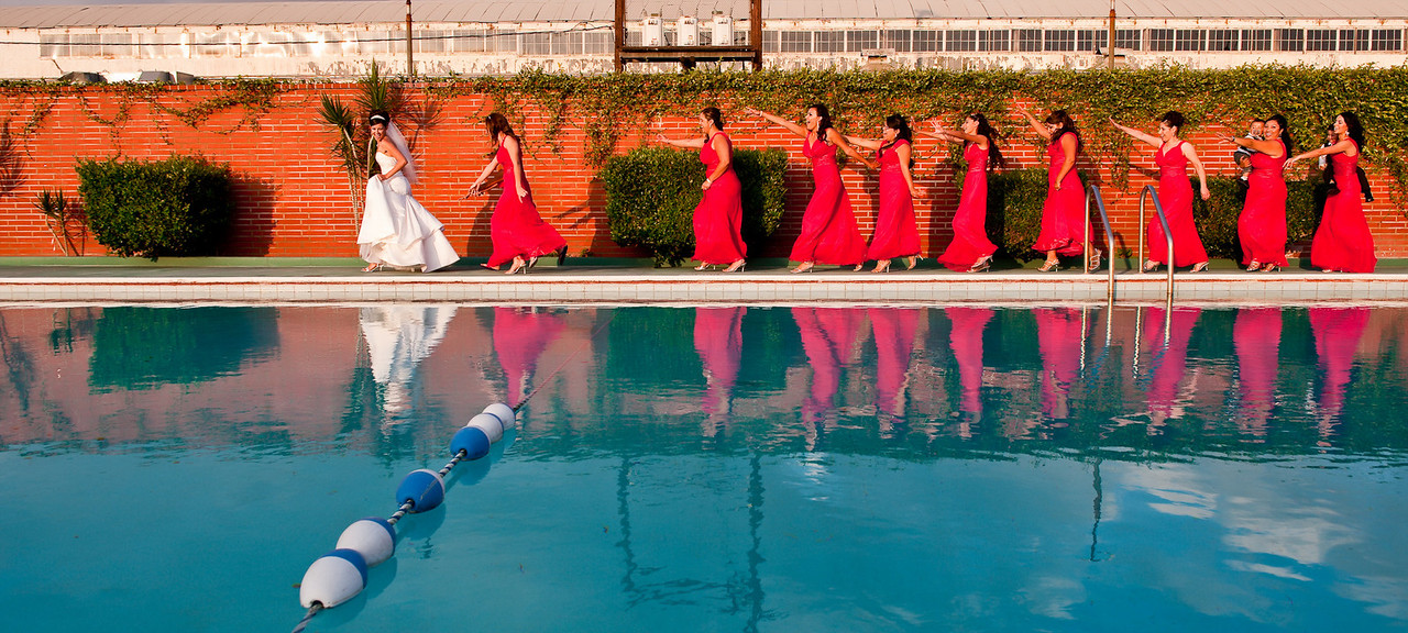 """<a href=""""http://www.wedding.jabezphotography.com/Tips/Fun-Wedding-Photos-Ideas/15404970_VFaoY"""">fun wedding photos</a>, <a href=""""http://www.wedding.jabezphotography.com/Tips/Fun-Wedding-Photos-Ideas/15404970_VFaoY"""">creative wedding photos</a>, <a href=""""http://www.wedding.jabezphotography.com/Tips/Fun-Wedding-Photos-Ideas/15404970_VFaoY"""">fun wedding pictures</a>"""