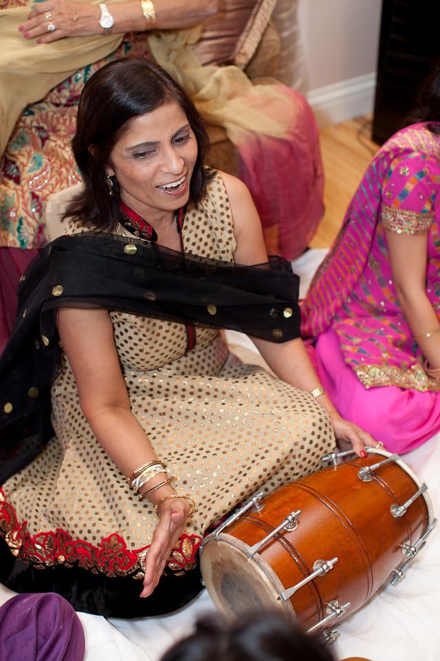 Natasha_Vishal_Mehndi-160