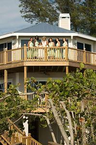 Erin & the girls getting ready at their beachhouse on Anna Maria Island.