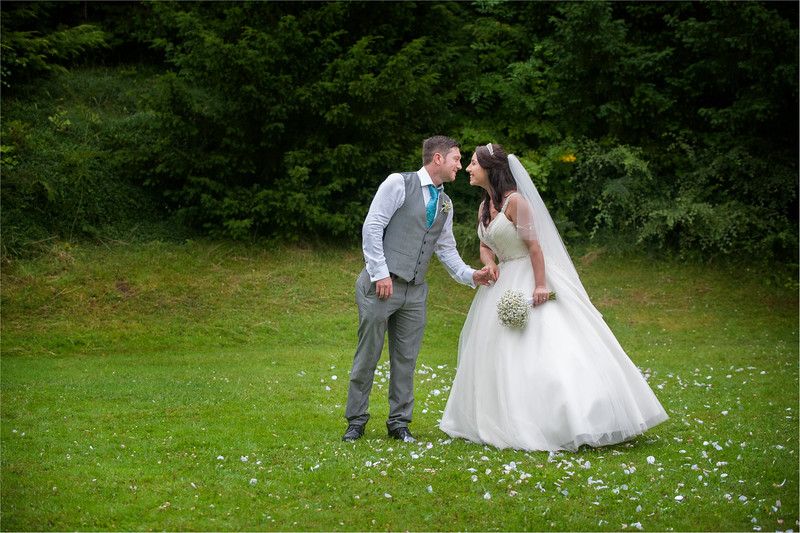 0187 - Doncaster Wedding Photographer - The Stables Doncaster Wedding Photography -