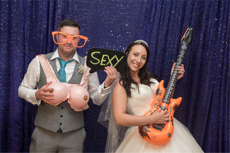 0214 - Doncaster Wedding Photographer - The Stables Doncaster Wedding Photography -