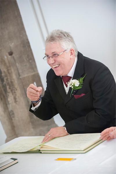 0075 - West Yorkshire Wedding Photographer - Holiday Inn Tong Village -