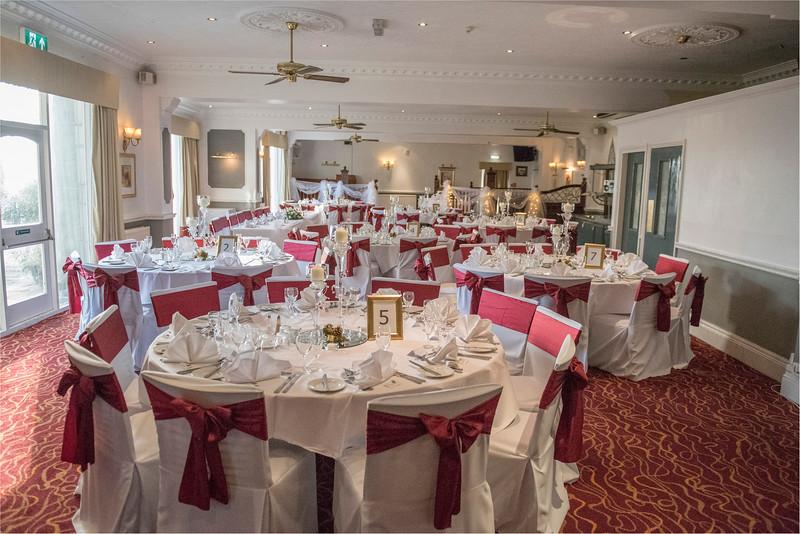 0137 - West Yorkshire Wedding Photographer - Holiday Inn Tong Village -
