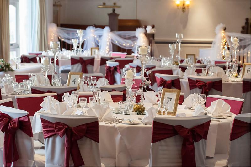 0132 - West Yorkshire Wedding Photographer - Holiday Inn Tong Village -