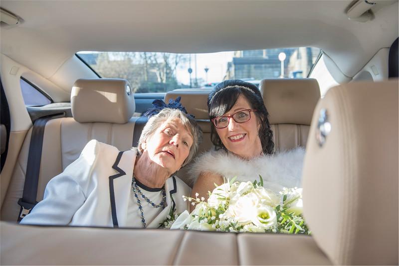 0052 - West Yorkshire Wedding Photographer - Holiday Inn Tong Village -