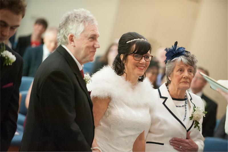 0061 - West Yorkshire Wedding Photographer - Holiday Inn Tong Village -