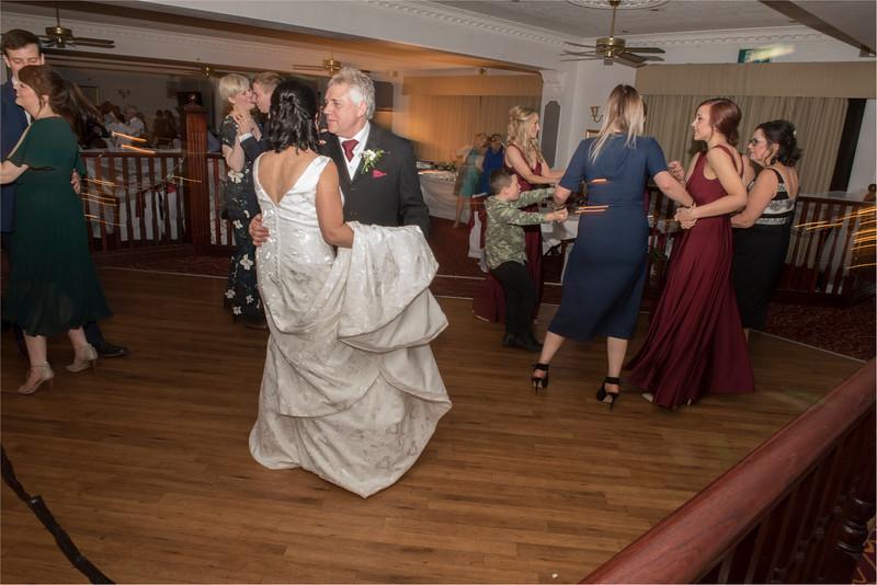 0237 - West Yorkshire Wedding Photographer - Holiday Inn Tong Village -