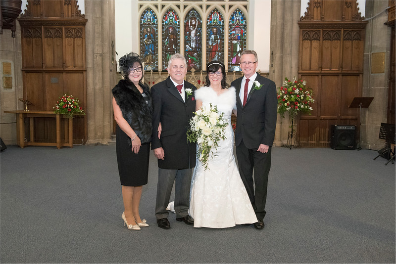 0100 - West Yorkshire Wedding Photographer - Holiday Inn Tong Village -