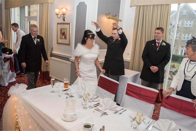 0173 - West Yorkshire Wedding Photographer - Holiday Inn Tong Village -