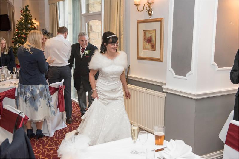 0172 - West Yorkshire Wedding Photographer - Holiday Inn Tong Village -