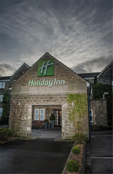 0160 - West Yorkshire Wedding Photographer - Holiday Inn Tong Village -