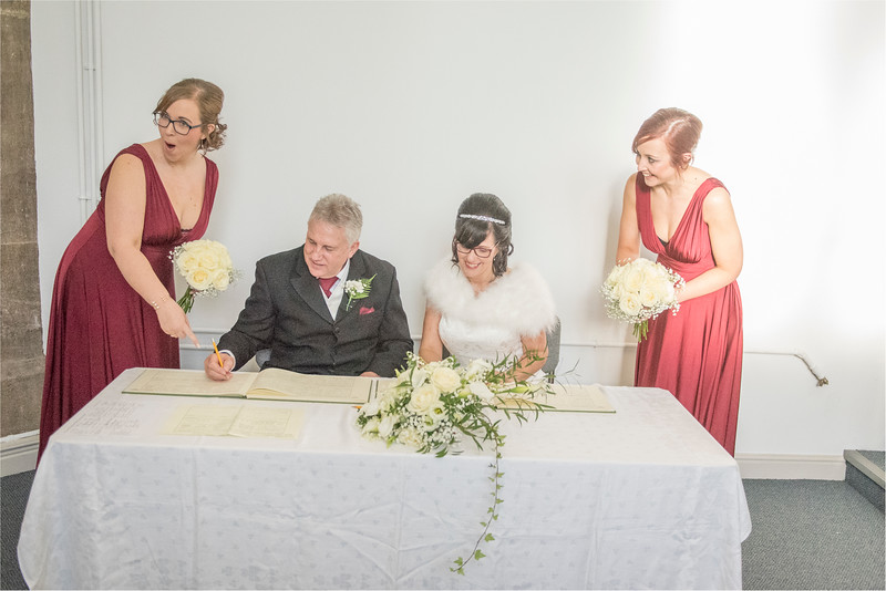 0083 - West Yorkshire Wedding Photographer - Holiday Inn Tong Village -