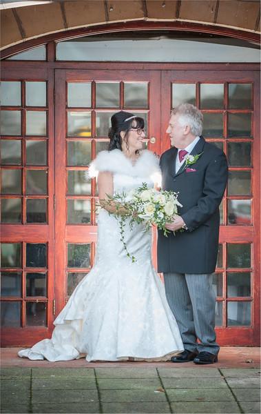 0152 - West Yorkshire Wedding Photographer - Holiday Inn Tong Village -