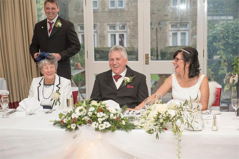0190 - West Yorkshire Wedding Photographer - Holiday Inn Tong Village -