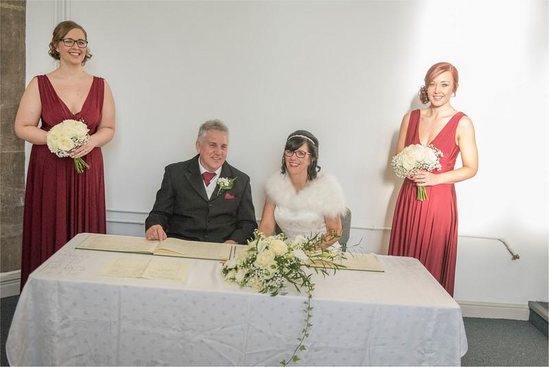 0082 - West Yorkshire Wedding Photographer - Holiday Inn Tong Village -