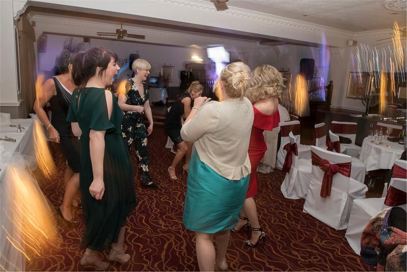 0224 - West Yorkshire Wedding Photographer - Holiday Inn Tong Village -