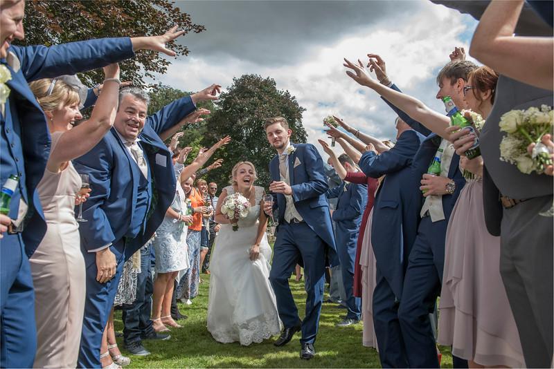 0136 - Leeds Wedding Photographer - Wentbridge House Wedding Photography -