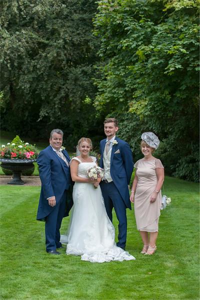 0141 - Leeds Wedding Photographer - Wentbridge House Wedding Photography -