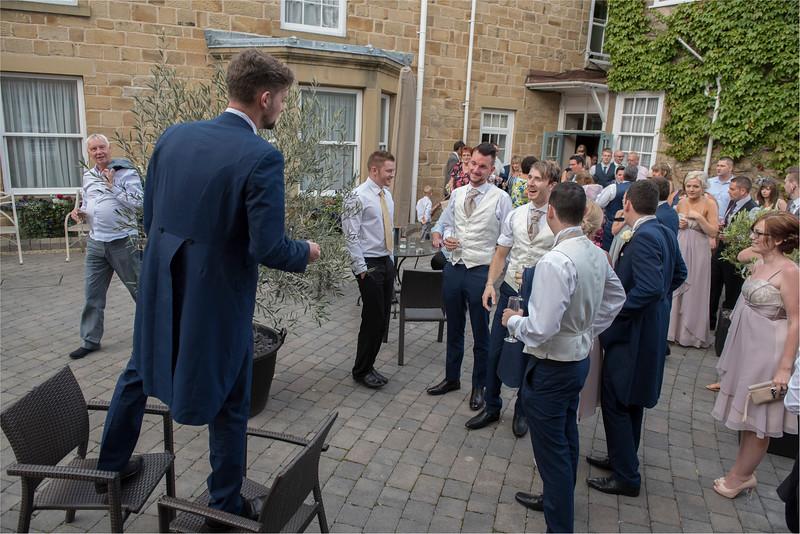 0237 - Leeds Wedding Photographer - Wentbridge House Wedding Photography -