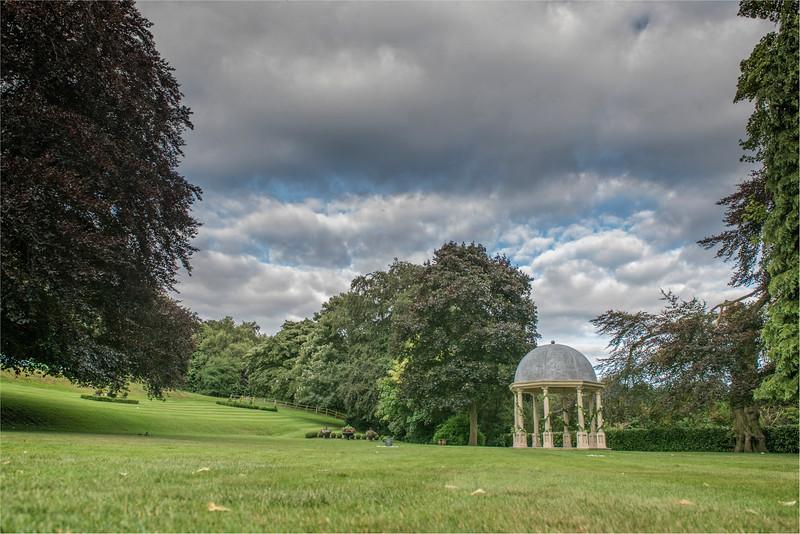 0243 - Leeds Wedding Photographer - Wentbridge House Wedding Photography -