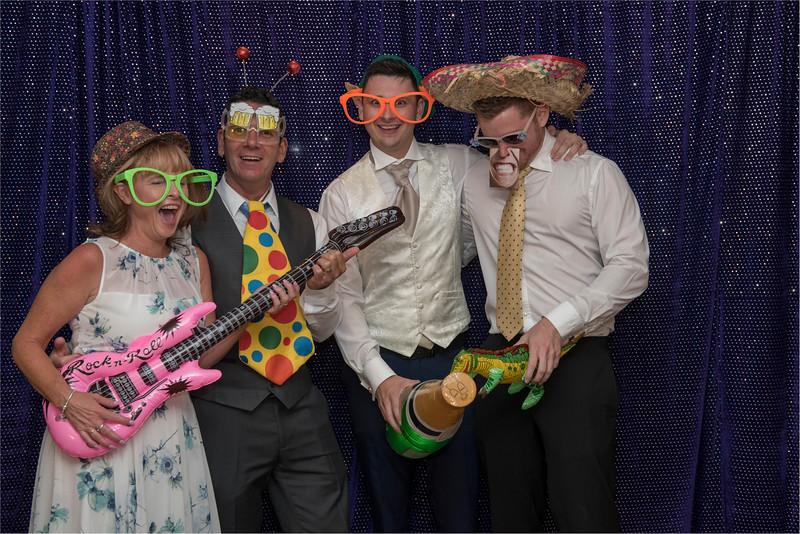 0266 - Leeds Wedding Photographer - Wentbridge House Wedding Photography -