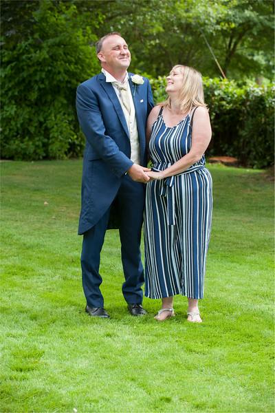 0156 - Leeds Wedding Photographer - Wentbridge House Wedding Photography -