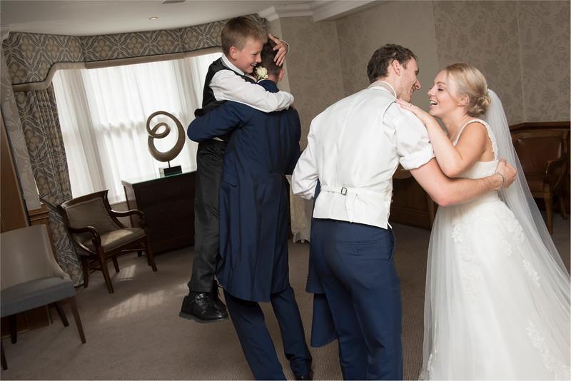 0206 - Leeds Wedding Photographer - Wentbridge House Wedding Photography -