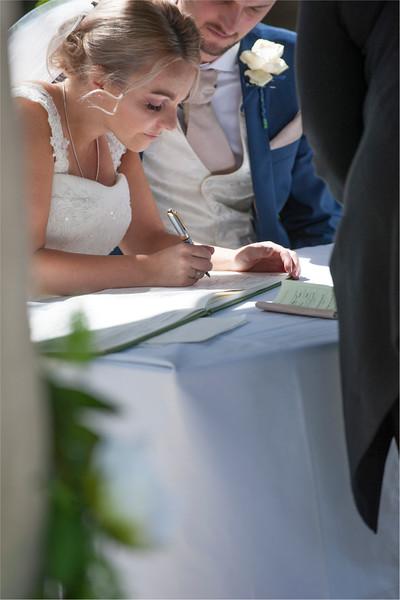 0106 - Leeds Wedding Photographer - Wentbridge House Wedding Photography -