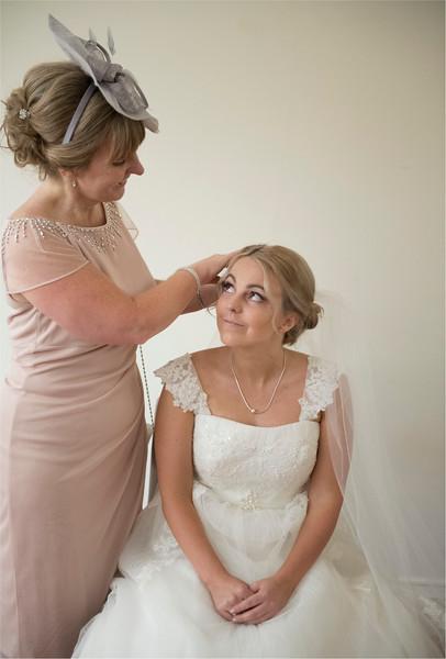 0071 - Leeds Wedding Photographer - Wentbridge House Wedding Photography -